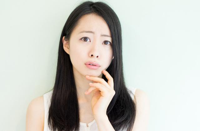 肌の改善に疑問を持つ女性
